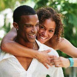 http://www.blacksenses.com/wp-content/uploads/2010/07/black_couples_21.jpg